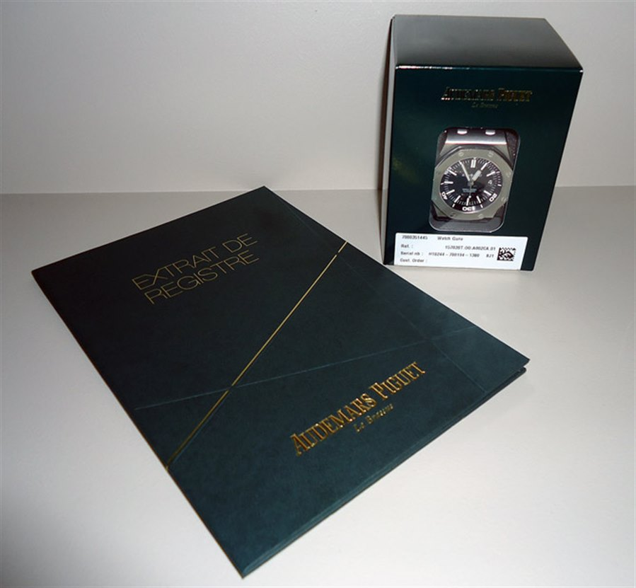 "<%= WatchDetails.Manufacturer + "" "" + WatchDetails.ModelName + "", "" + WatchDetails.RefNumber%>"